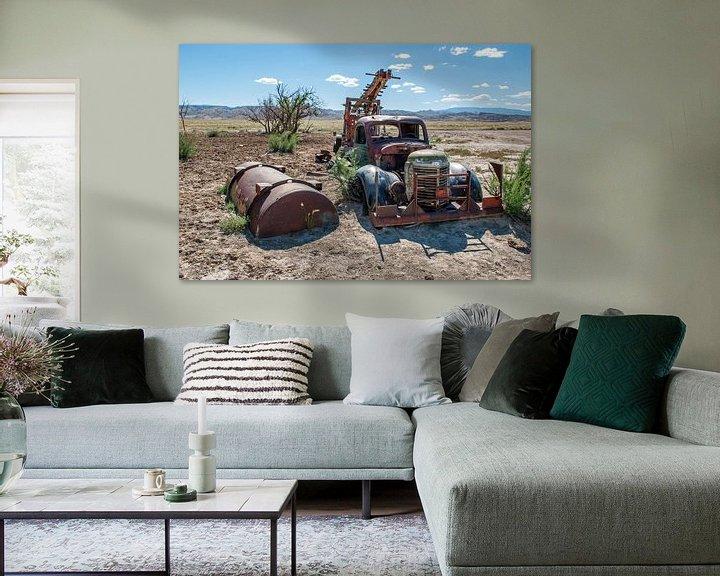 Beispiel: Alter Lastkraftwagen in der Wüste von Annette Schoof