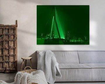 Erasmusbrug - Rotterdam in groen von Ineke Duijzer
