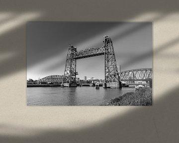 De Hef oder Hefbrug, eine Vertikalliftbrücke in Rotterdam, Niederlande von Mieneke Andeweg-van Rijn
