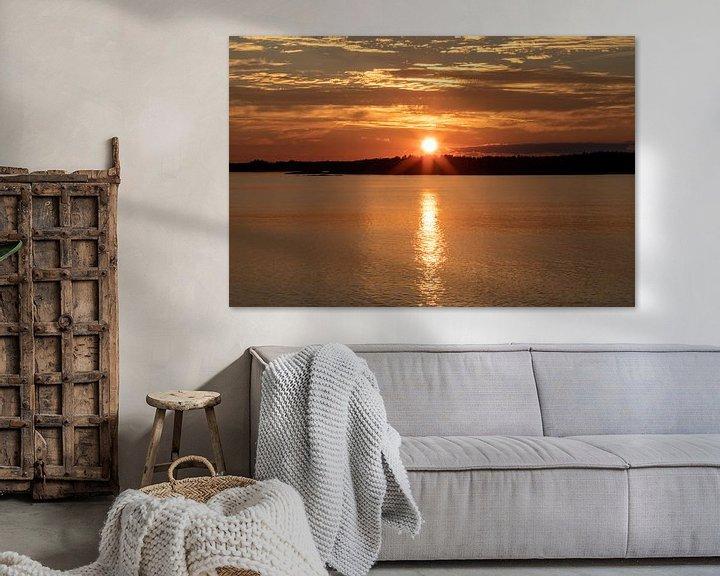 Sfeerimpressie: Zonsondergang in Nynäshamn, Zweden van Gertjan koster