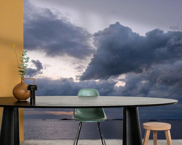 Sfeerimpressie behang: Wolkenlucht boven de Atlantische Route van Barbara Brolsma