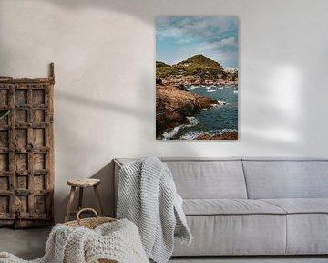 Kustplaatsje Sa Tuna, Begur Spanje van Manon Visser