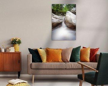 Waterval in de natuurparken van Thailand van Marcel Derweduwen