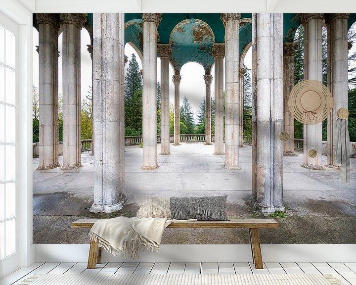 Sfeerimpressie behang: Pilaren Hemel. van Roman Robroek