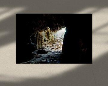 Höhle in Vinales, Kuba von Kees van Dun