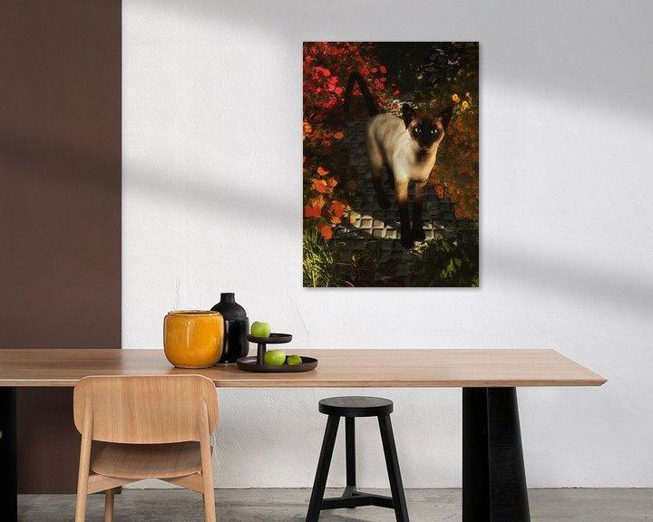 Sfeerimpressie: Katten – Een Siamese kat kijkt van Jan Keteleer