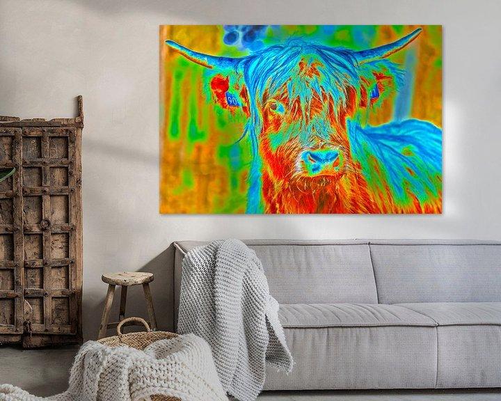 Sfeerimpressie: Kleurig portret van een Schotse Hooglander van Ans Bastiaanssen
