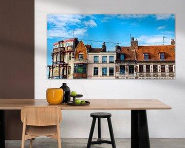Dächer von Lille (Reins) in Frankreich mit einer burgunderartigen Geschichte von Dorus Marchal
