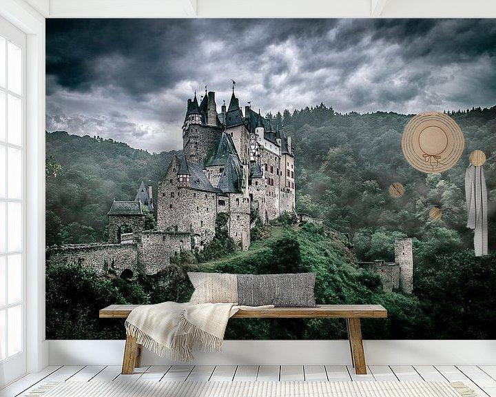 Sfeerimpressie behang: kasteel eltz van Rubin Versigny