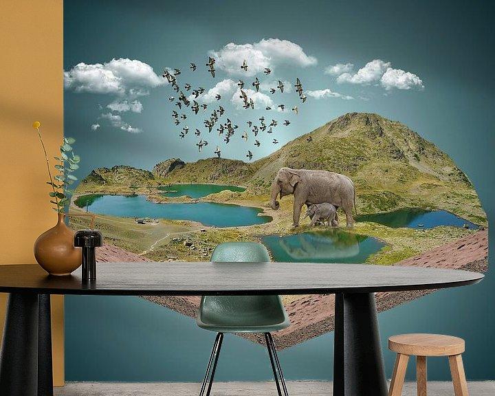 Sfeerimpressie behang: Thirsty elephants van Ursula Di Chito
