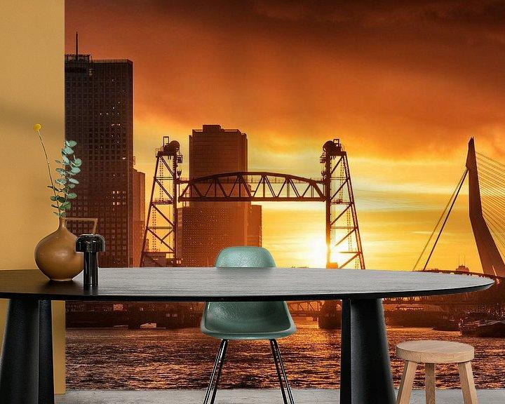 Sfeerimpressie behang: Zonsondergang aan de Maasboulevard | Rotterdam van Menno Verheij / #roffalove