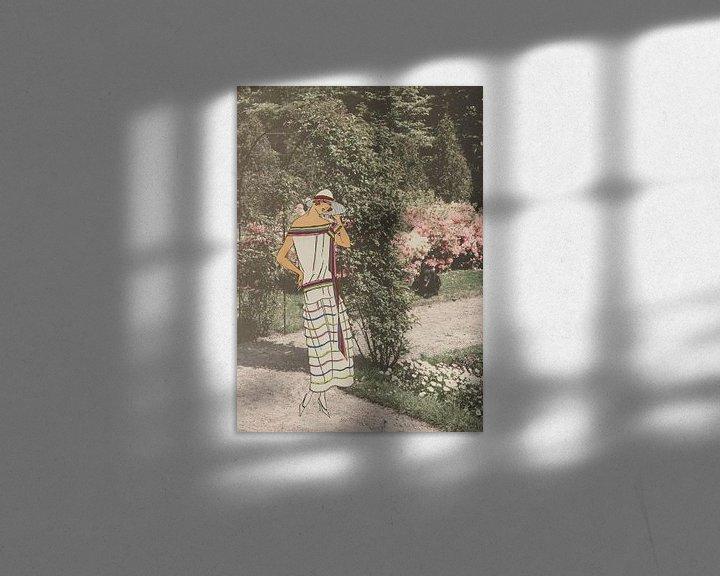 Sfeerimpressie: Dame in de tuin van Irene Hoekstra