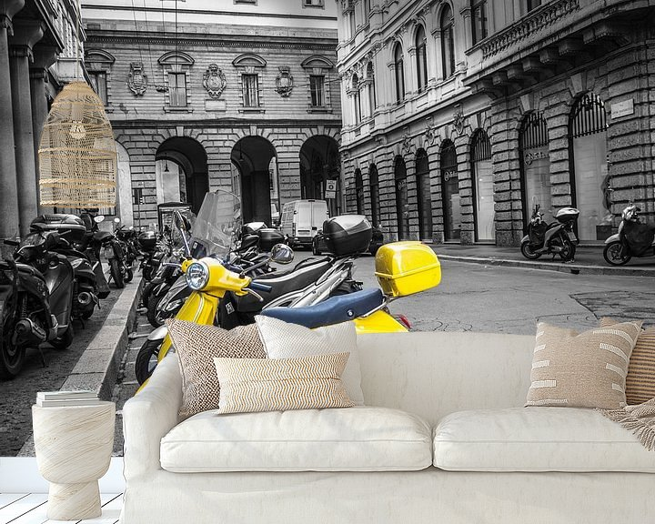 Beispiel fototapete: Italienischer gelber Roller von Martijn Tilroe