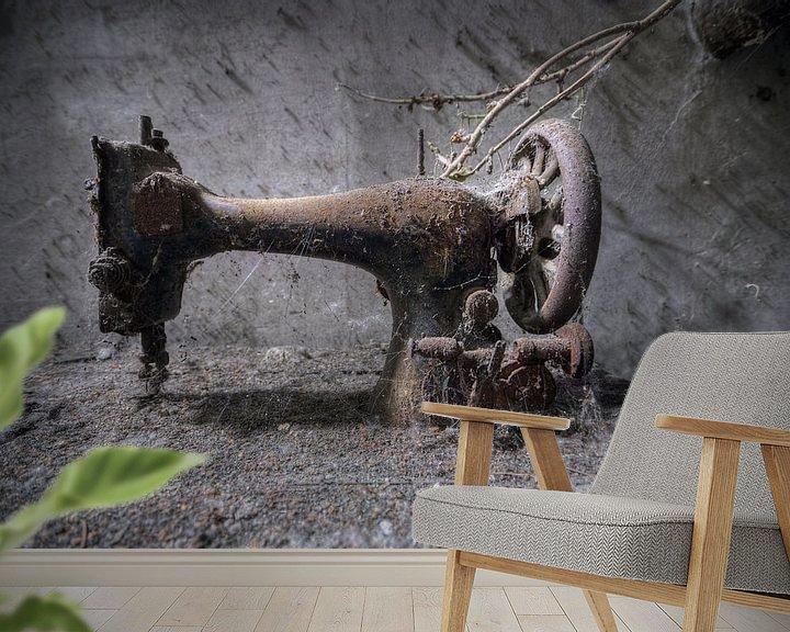 Beispiel fototapete: Urbex - Naaimachine von Angelique Brunas