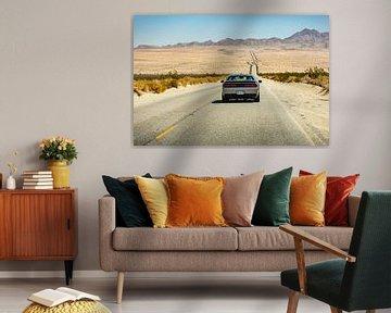 Dodge Challenger auf der US Route 66 - Oatman - Kingman van Martijn Bravenboer