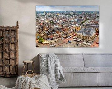 Panoramafoto vom Grote Markt und der Skyline von Groningen. von Jacco van der Zwan