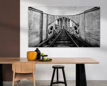 Die alte Eisenbahnbrücke von Geert den Tek
