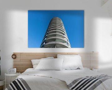 Flach vor strahlend blauem Himmel von Patrick Verhoef