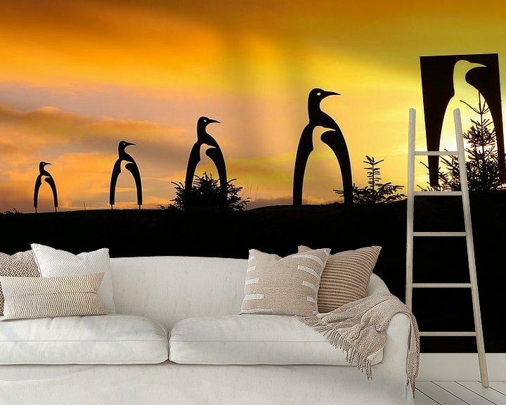 Sfeerimpressie behang: Pinguïns kerstboom van Ronald Molegraaf
