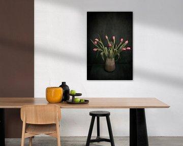 Rosa Tulpen, Stilleben inspiriert von den großen Meistern von Joske Kempink