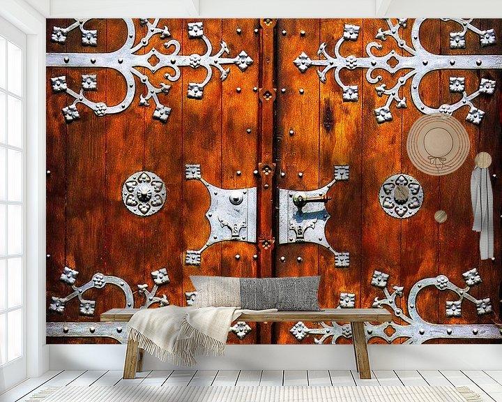Beispiel fototapete: Grand Door.... (Alte hölzerne Kirchentür) von Caroline Lichthart