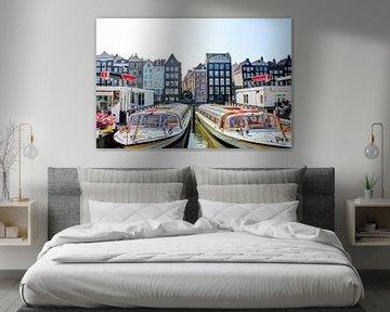 Damrak Amsterdam mit Kanalbooten von Hendrik-Jan Kornelis