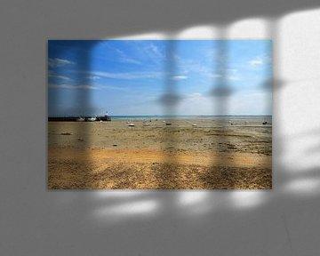 Laag water in Cancale op het strand van Dennis van de Water