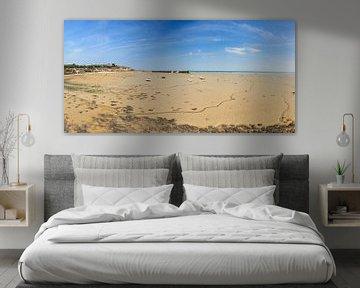 Eb op het strand van Cancale panorama van Dennis van de Water