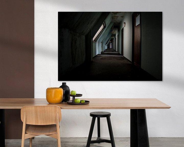 Beispiel: Decaying corridor von Mandy Winters
