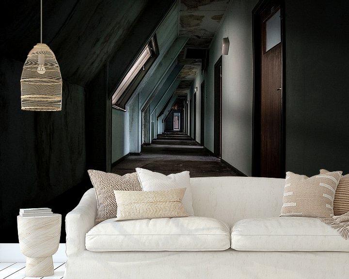 Beispiel fototapete: Decaying corridor von Mandy Winters