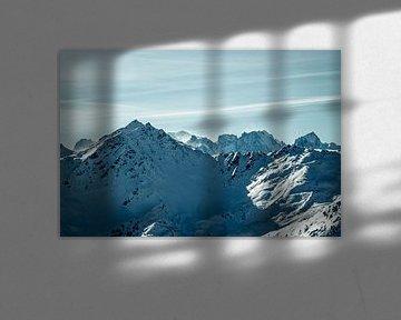 Vergezicht in de bergen van Edzard Boonen