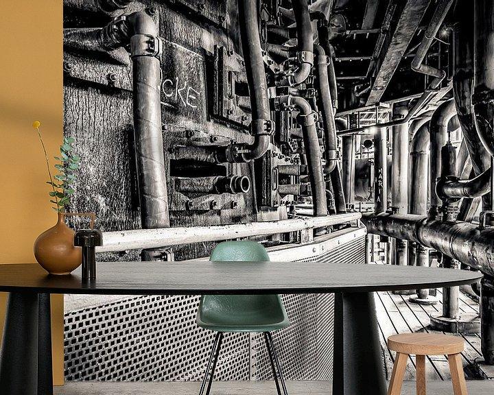 Sfeerimpressie behang: Pijpen in verticale symmetrie van Okko Huising - okkofoto