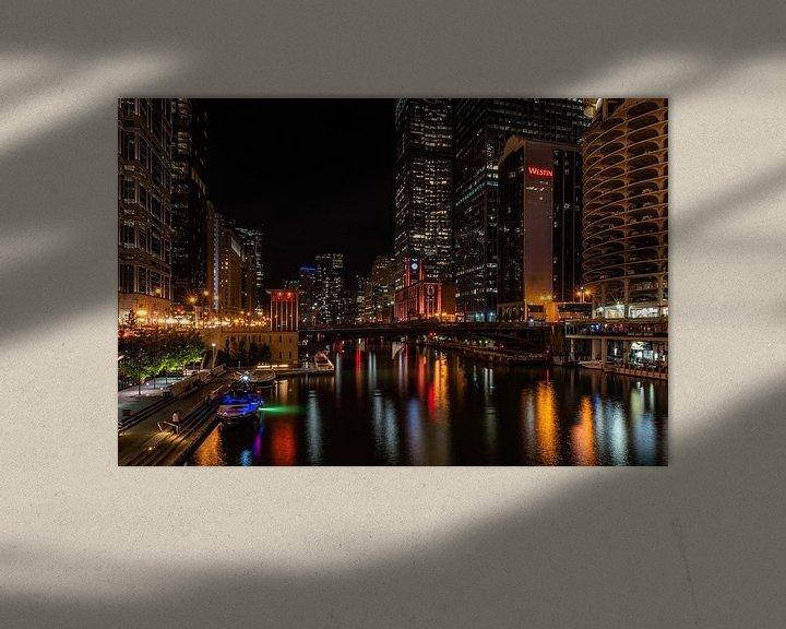 Sfeerimpressie: De Chicago River bij nacht van Okko Huising - okkofoto