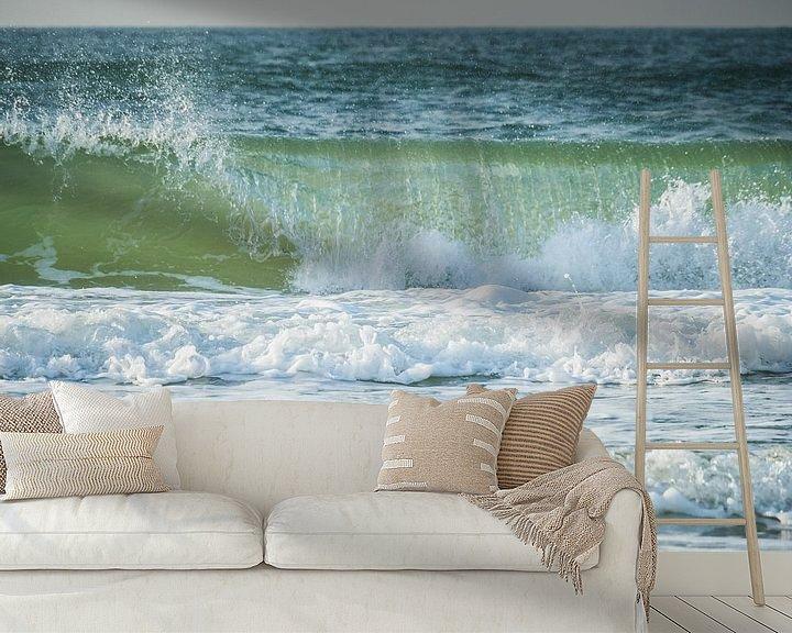 Sfeerimpressie behang: Golven op zee van Martijn Tilroe