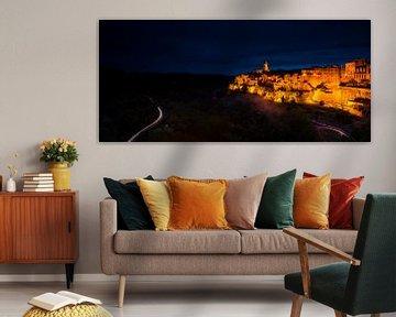 Nacht in Pitigliano - Toscane van Damien Franscoise