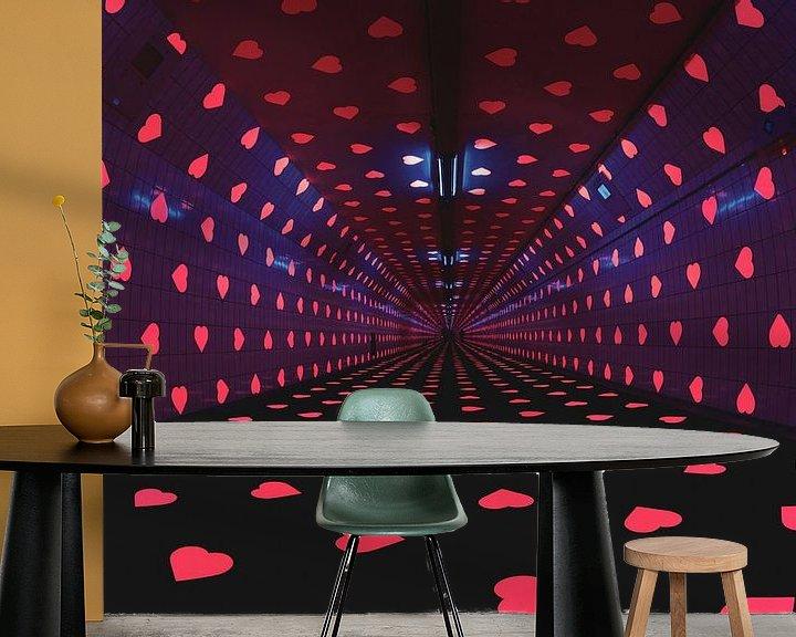 Sfeerimpressie behang: Tunnel of Love van Ronne Vinkx