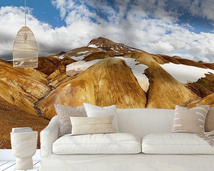 Beispiel fototapete: Panorama ockerfarbene Bergkette mit Schneeresten von Ralf Lehmann