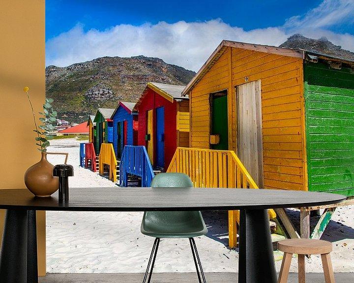 Sfeerimpressie behang: Kleurrijke Bo-kaap, Kaapstad, Zuid-Afrika. van Willem Vernes