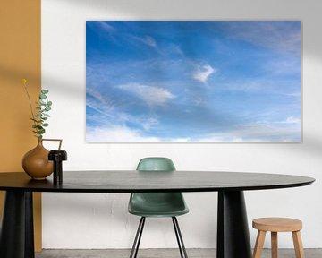 Blue sky with clouds van Günter Albers