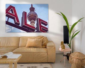 Berlin – Alexanderplatz / TV Tower van Alexander Voss
