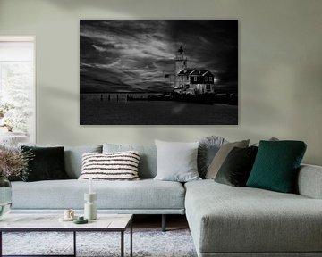 Der Leuchtturm von Marken, Niederlande von Gert Hilbink