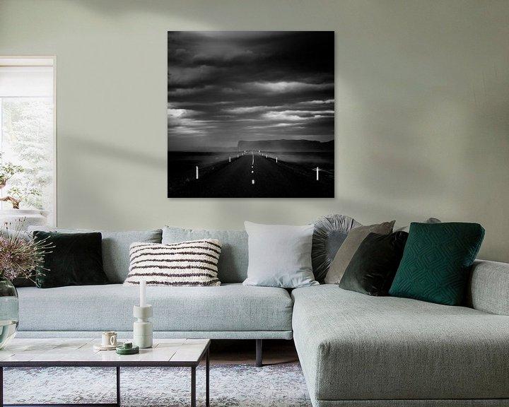 Sfeerimpressie: The dark road - Iceland van Arnold van Wijk