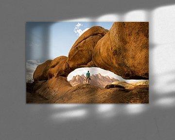 Uitzicht op de rotsformaties in Spitzkoppe, Namibië van OCEANVOLTA