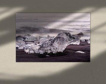 Ice blocks in the evening light van Ralf Lehmann