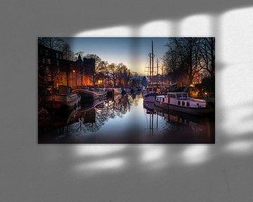 Hausboote Reitdiep, Plantsoenbrug, Groningen von Harmen van der Vaart