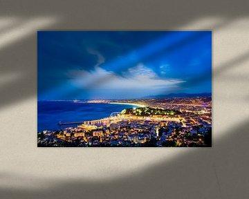 Gewitterhimmel über Nizza an der Côte d'Azur von Werner Dieterich