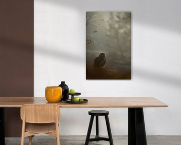 Europaeischer Uhu (Bubo bubo) in der Morgendämmun im stimmungsvollen frühen Gegenlicht, Silhouette,  von wunderbare Erde