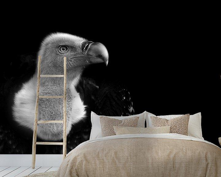 Sfeerimpressie behang: Vale gier, zwart wit fotografie van Rian Verweijmeren