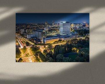 Rotterdam blue hour | Erasmus MC van Rob de Voogd / zzapback