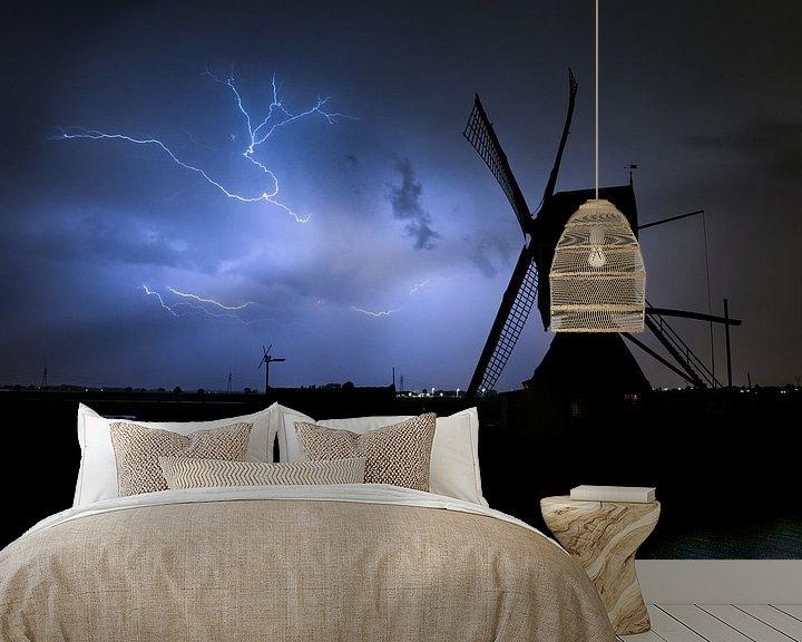 Beispiel fototapete: Blitz mit Windmühle von Menno van der Haven